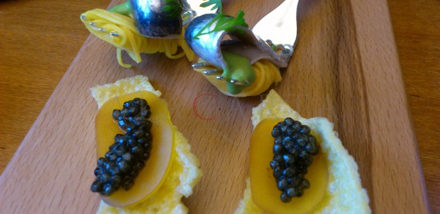Chips de polenta, bottarga artesana y caviar