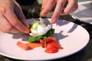 Dessance Fresas y rabano marinado