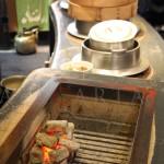 A pranzo da Kitao, dal 1862 a Kyoto, mercato di Nishiki: tutto a base di fagioli Kuromame dall'aperitivo al dolce, bevande incluse.