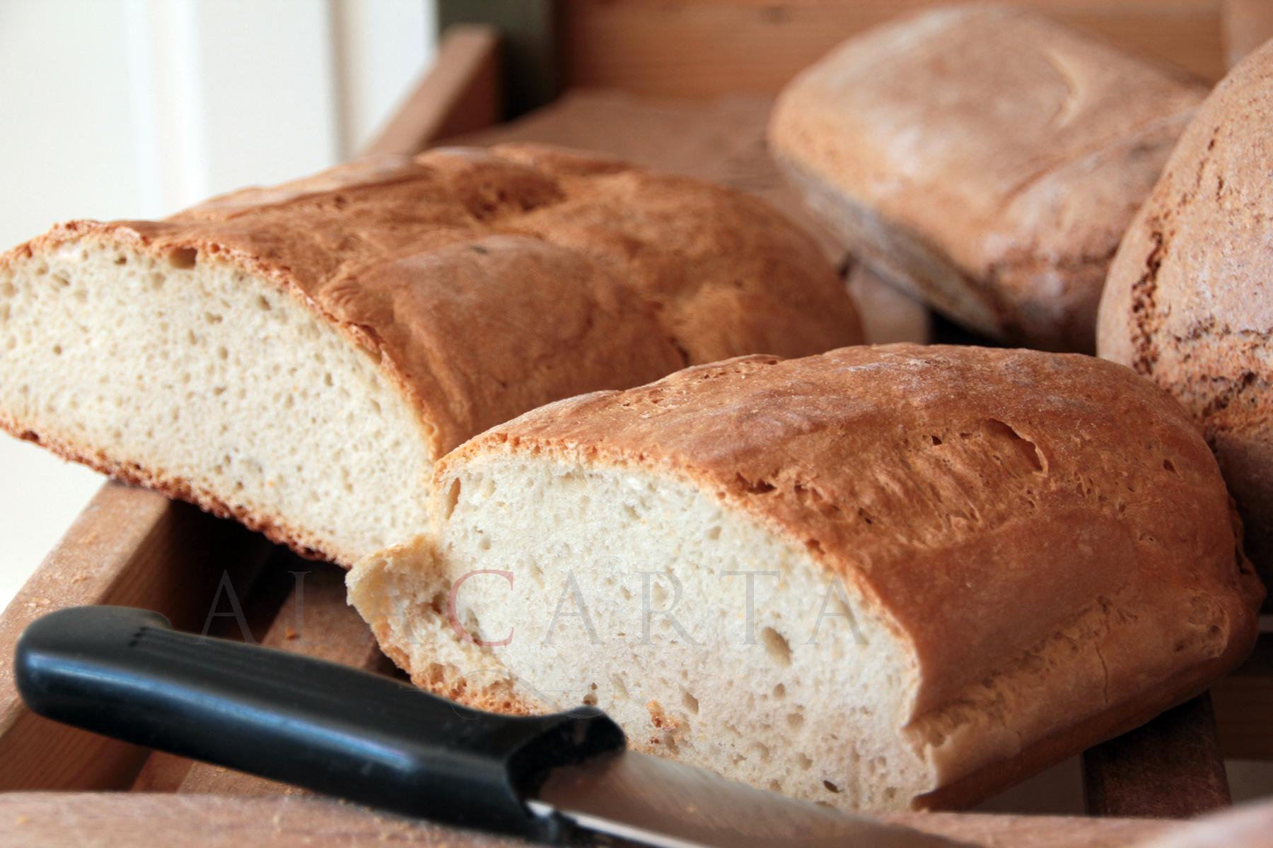 pane senza sale fa bene